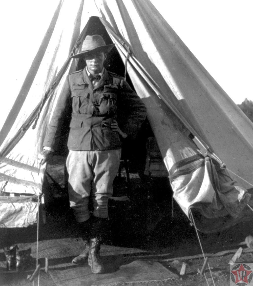 Уинстон Черчилль в 1900 году.