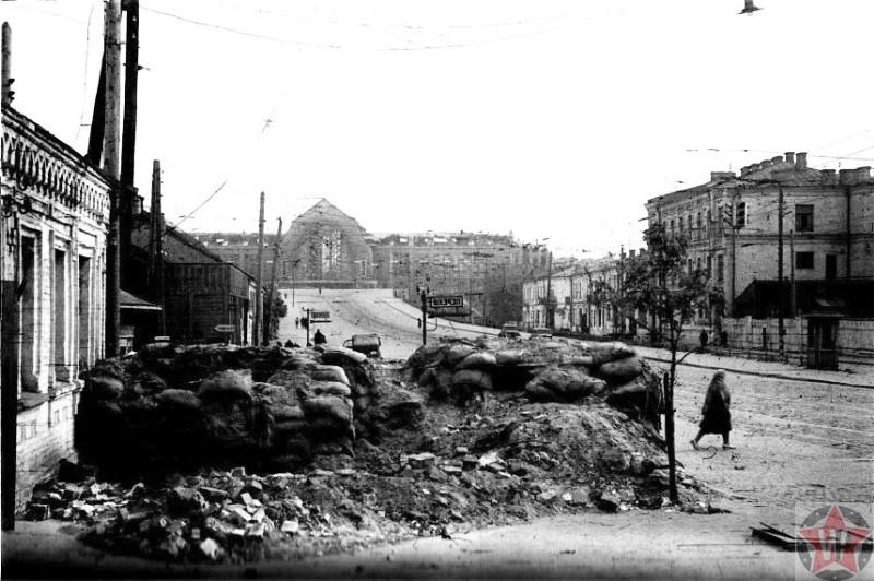 Остатки баррикады в Киеве 1941 год