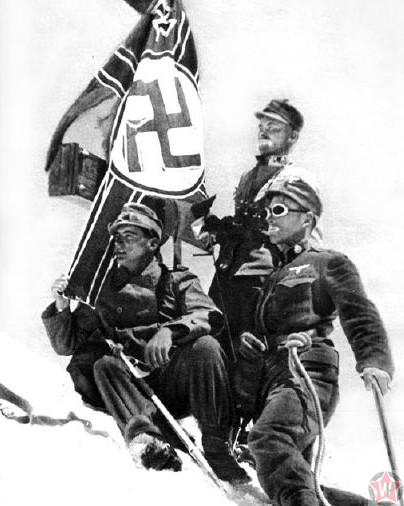 Фашистский флаг на Эльбрусе