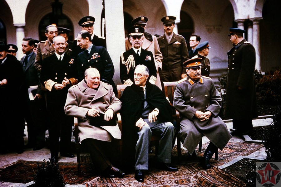 Черчилль, Рузвельт и Сталин на Ялтинской конференции