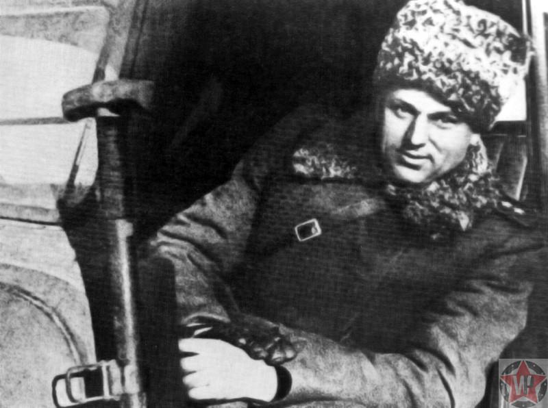 Командующий Донскими фронтом генерал армии К.К. Рокоссовский в Сталинграде после победы